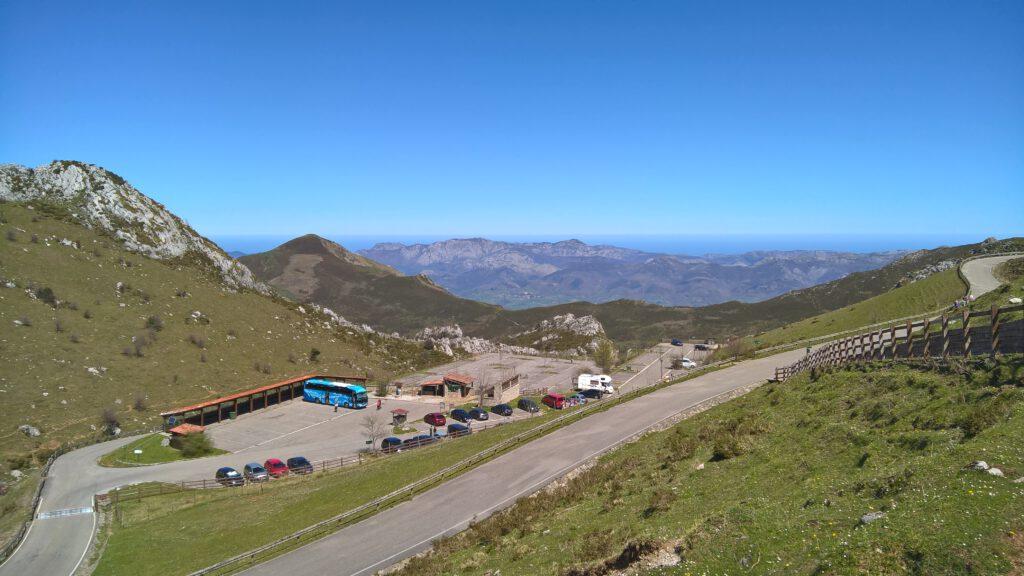 Großer Parkplatz an den Lagos de Covadonga