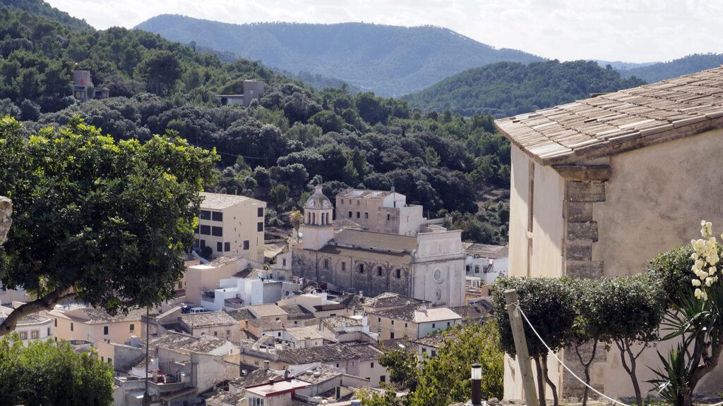 Blick auf Capdepera vom Castell, Mallorca