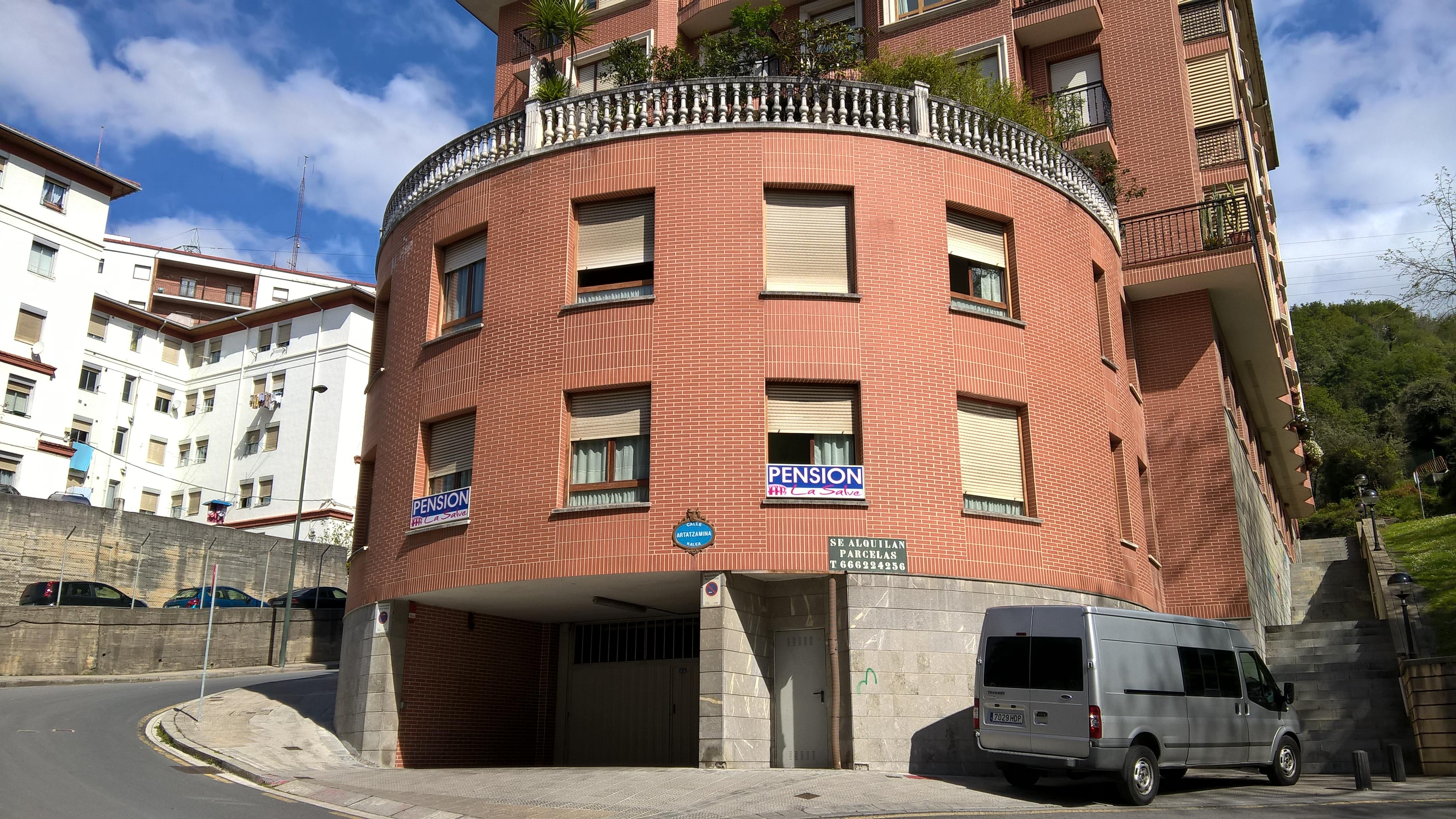 """Bilbao: Pensión """"La Salve"""""""