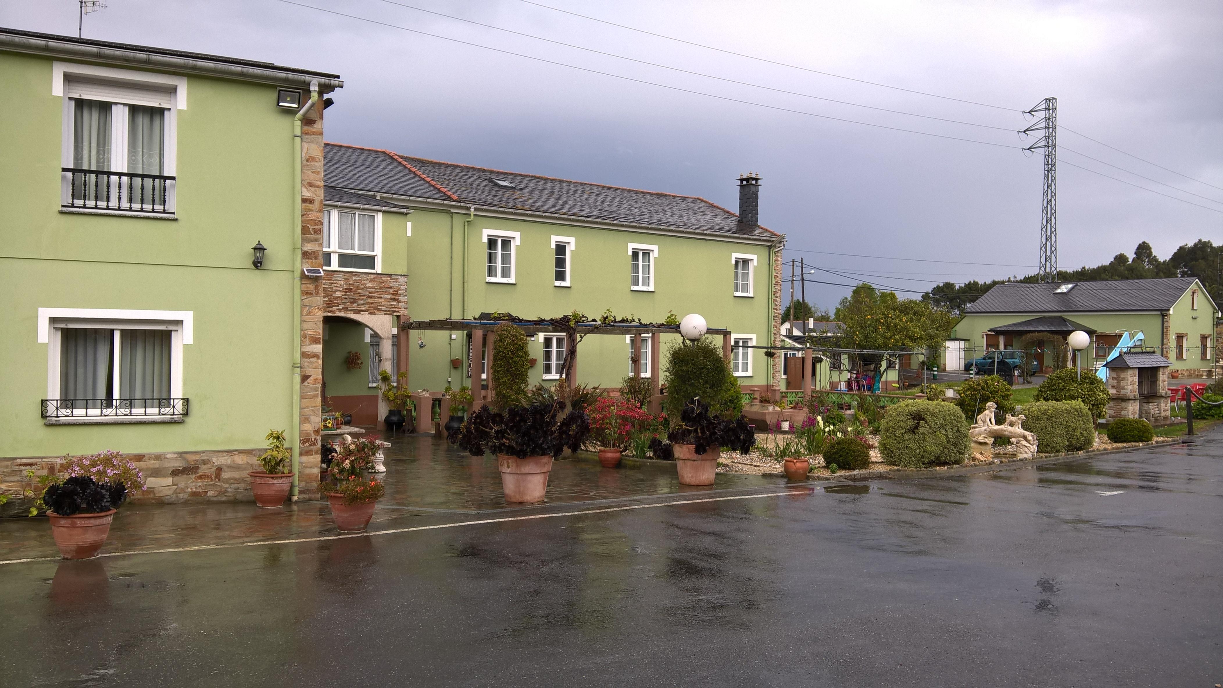 Ribadeo: Hostal Residencia El Pinar